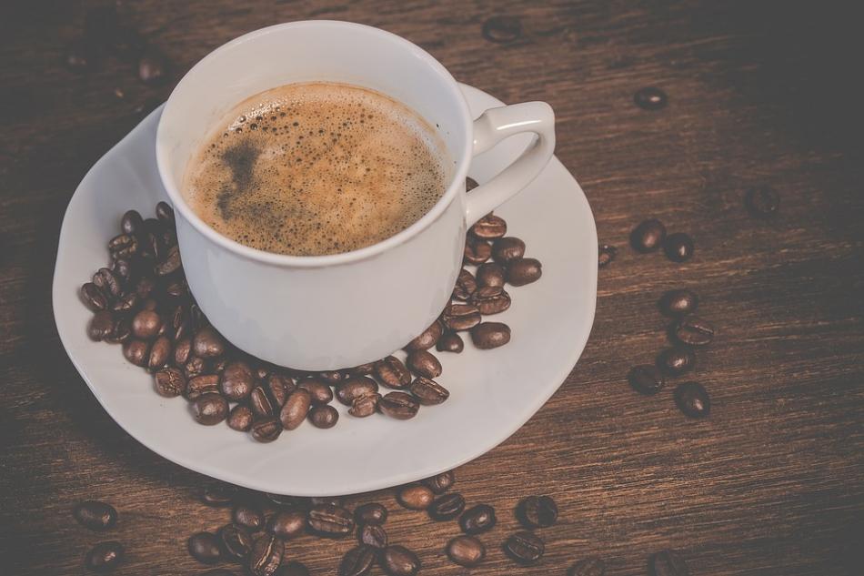 Consumir café passado no filtro do papel causa menos impacto no meio ambiente do que em cápsulas. Créditos: Divulgação